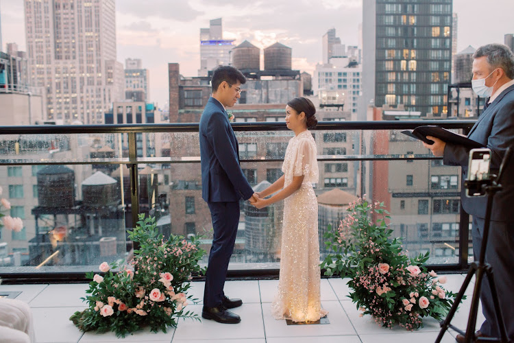 With a view like this, who wouldn't want to get married on their rooftop?